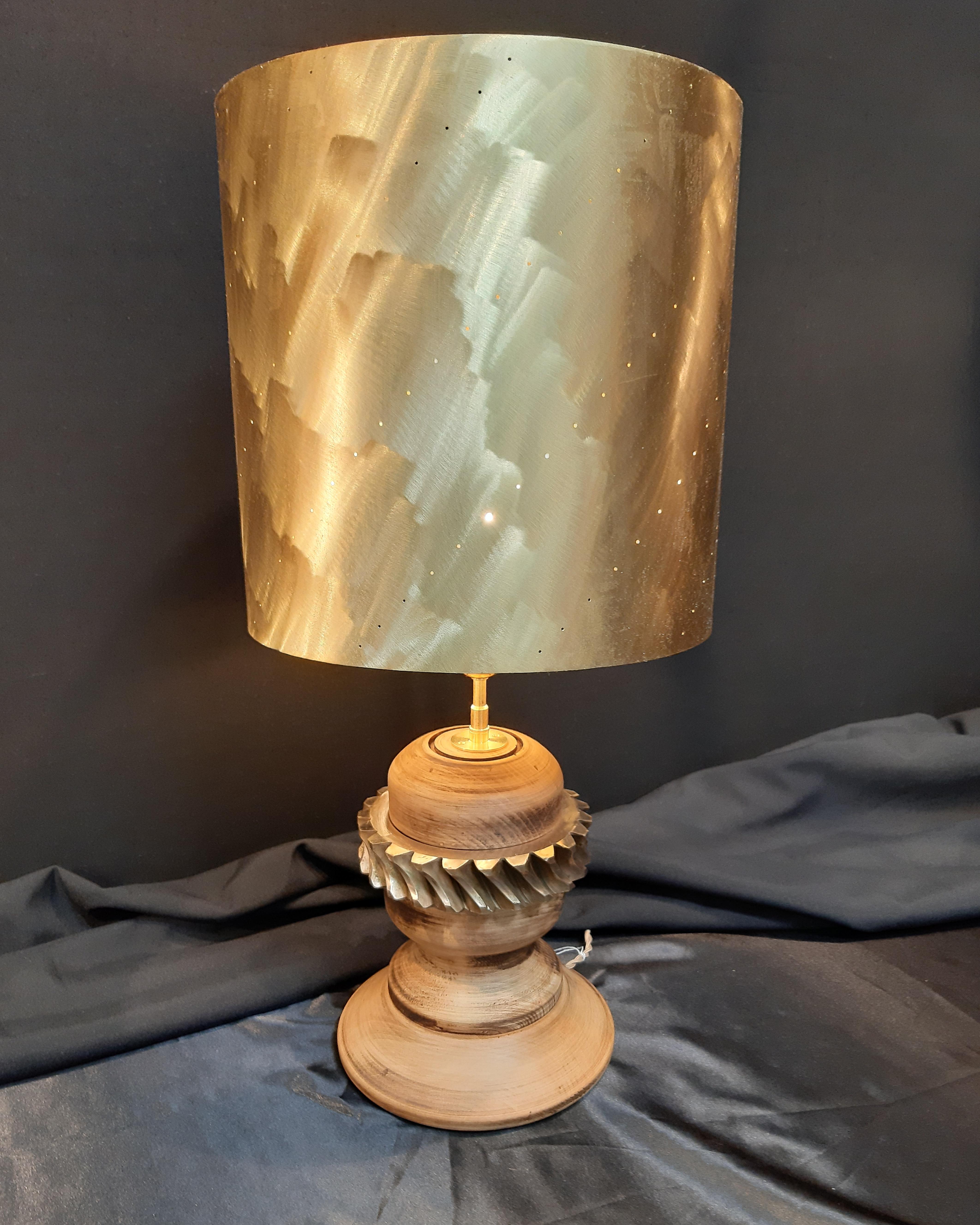 lampe bois laiton et bronze, lampe design, lampe originale