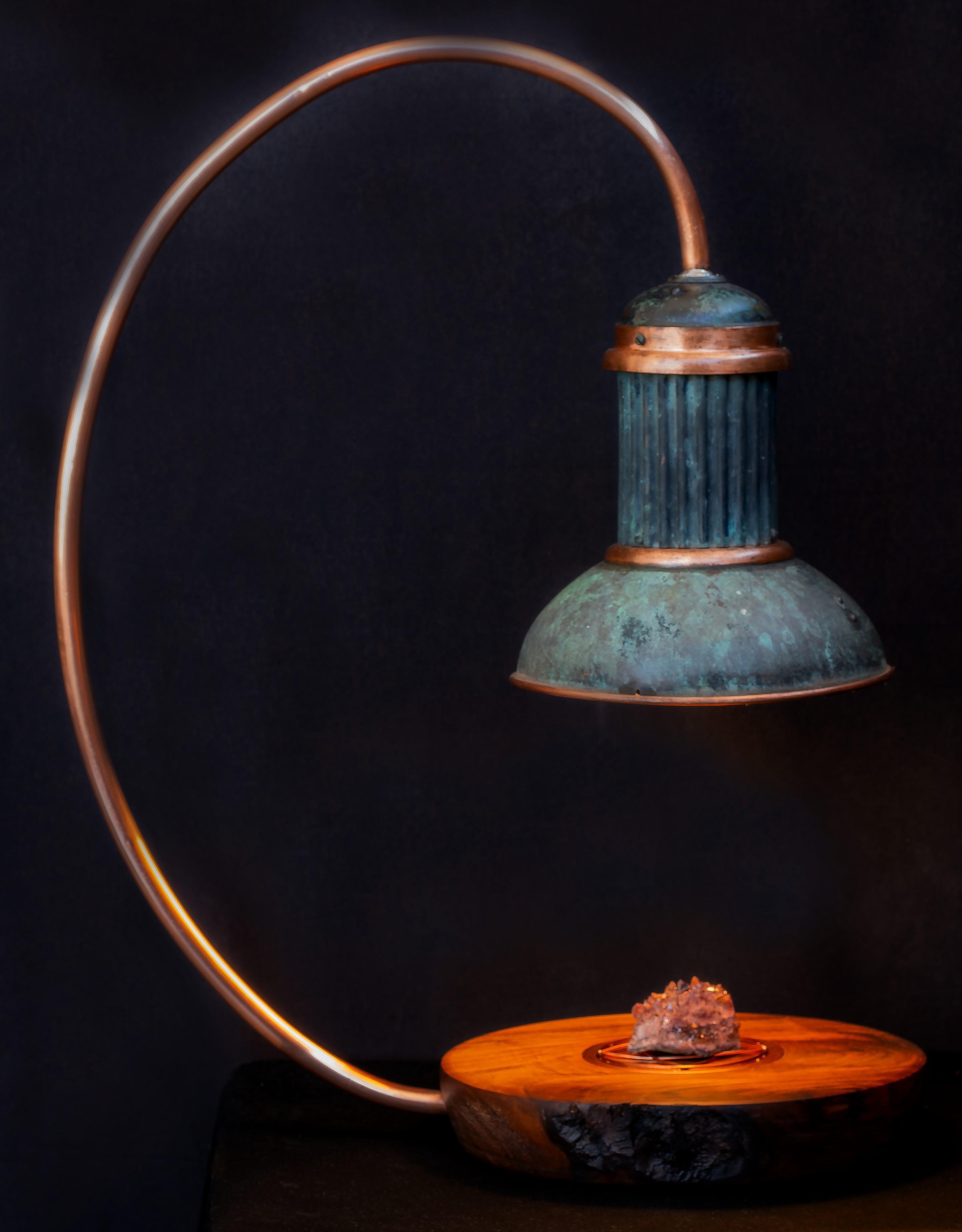 Lampe design, lampe originale, lampe cuivre